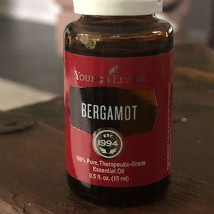 BERGAMOT ESSENTIAL OIL 15 ML BOTTLE